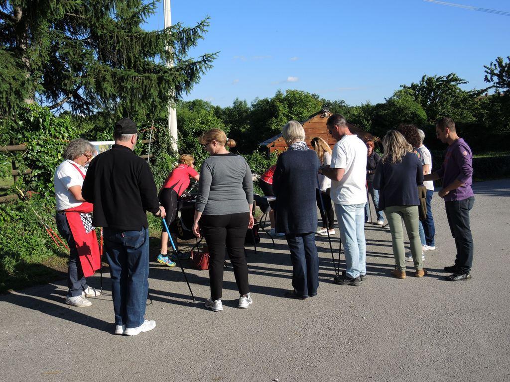 2014-05-31 Presentazione Nordic Walking Allegra Fattoria Malchina (5)