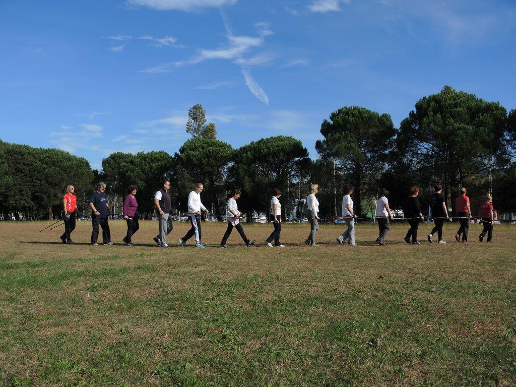 2015-10-15 Corso Nordic Walkig Villaggio Pescatore (24)